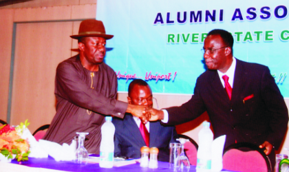 Vice Chancellor of University of Port Harcourt, Prof. Don Baridam (right) welcoming the chairman of the occasion and Member of House of Representatives, Hon Ike Chinwo, during the 2009 Lecture/Dinner Award of University of Port Harcourt Alumni Association, Rivers Chapter, at Presidential Hotel, last Friday. Photo: Chris Monyanaga