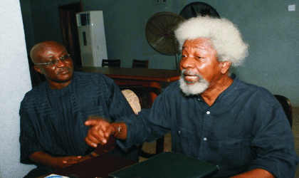 Prof. Wole Soyinka (right) briefing the press weekend in Lagos,on the state of the Nigerian Nation, with him is Mr. Tony Uranta. Photo: Idowu Ogunleye.