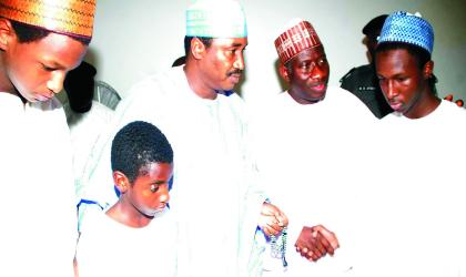 President Goodluck Jonathan (2nd Right),Governor  Ibrahim Shema  of Katsina State (3rd Left)and   some sons of Late President Umaru Yar'Adua in Katsina, during the President's condolence visit, last Friday.