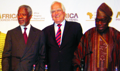 L-R: Mr Kofi Annan, Chairman, Africa Progress Panel and former UN Secretary-General, Mr Peter Eigen, founder and Chairman of the Advisory Council, Transparency International and former President, Olusegun Obasanjo, at the presentation of the Africa Progress Report, in Johannesburg, yesterday.  Photo: NAN