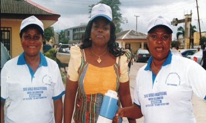 L-R:Nutrition Officer, Port Harcourt Local Government Area of Rivers State, Okpara Eberechi, Supervising Councillor for Women Affairs, Hon. Ego Oko and Felicia Osazuwa, during the 2010 World Breast Feeding Week celebration in Port Harcourt, last week.