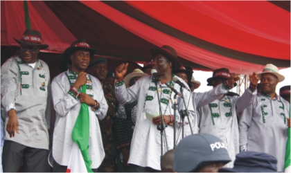 President Goodluck Jonathan (middle) addressing Governors of the South-South as the  Peoples Democratic Party (PDP)  flagbearers for the April general elections, in Port Harcourt, last Saturday.