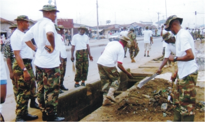 Soldiers from the 2nd Brigade of the Nigerian Army, Port Harcourt conducting Environmental Sanitation exercise in parts of Port Harcourt metropolis at the weekend as part of Nigeria Army Day Celebrations.
