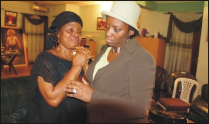 Wife of the Rivers State Governor, Dame Judith Amaechi consoling Hon. Chief Felicia Barizazee, member, Rivers State House of Assembly over the death of her husband, Chief Patrick Barizazee Tanee