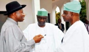 L-R: President Goodluck Jonathan discussing with Secretary, Presidential Advisory Committee on National Dialogue, Dr Akilu Indabawa and the Chairman, Senator Femi Okurounmu, in Abuja, recently.