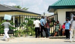 Entrance of the Uyo Council Secretariat barricaded by members of the National Union of Local Government  Employees (NULGE) over unpaid salaries in Uyo last Wednesday. Photo: NAN