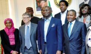 L-R: Executive Director, Dangote Foundation, Miss Alima Dangote; Mr Bill Gates; Lagos Commissioner for Agriculture, Prince Gbolahan Lawal; Governor Babatunde Fashola of Lagos State; Commissioner for Science and Technology, Mr Adebiyi Mabadeje; Alhaji Aliko Dangote and Commissioner for Establishment, Mrs Florence Oguntuase, during a visit of Bill Gates to Governor Fashola in Lagos last Tuesday. Photo: NAN