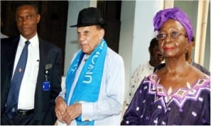 L-R: Vice Chancellor,  University of Port Harcourt (UNIPORT), Prof. Joseph  Ajienka, Founder, International Conference on Thinking,  Prof. William Maxwell and a Professor with the  English Department, UNIPORT,  Prof. Molara Ogundebe,  at a public lecture on  Genius Principle at the university, yesterday.