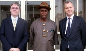 L-R: British Minister for Africa, Mr Mark Simmonds, Governor Chibuike Amaechi of Rivers State and British Deputy High Commissioner to Nigeria, Mr Peter Carter, during a courstey visit by the minister in Port Harcourt, yesterday