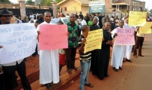 Priests of Anglican Communion Enugu protesting over the face-off between Enugu State Government and the Church On Schools ownership In Enugu on Thursday.
