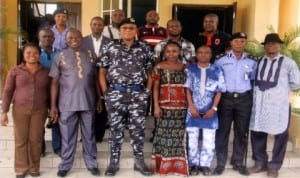 Rivers State Commissioner of Police, Tunde Ogunsakin (3rd left), with members of Crime/Judiciary Correspondents during a visit to the Commissioner in Port Harcourt, recently.