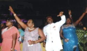 Patience Uzokwor (2nd left), Kenneth Okonkwo and other actresses.