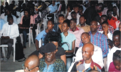 Members of the National Association of Nigerian Students and youths of