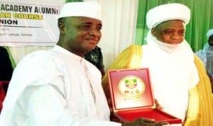 Governor Aliyu Wamakko of Sokoto (left), receiving a souvenir from Sultan of Sokoto, Alhaji Sa'ad Abubakar 111 for attending the Nigerian Defence Academy Alumni 18th Regular Course Re-union in Sokoto, recently.