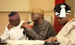 L-R: Lagos State Commissioner for Local Government and Chieftaincy Affairs, Mr Ademorin Kuye, Governor Babatunde Fashola and Oba Rilwan Akiolu of Lagos, at a meeting of traditional rulers with Governor Fashola in Lagos recently. Photo: NAN