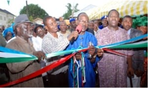 Rivers State Deputy Governor, Engr Tele Ikuru (right) and other dignitaries at the commissioning of some projects in Andoni last weekend