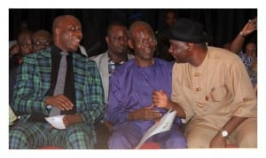 L-R: Gov. Amaechi, Hon. Uchendu, representing Emohua/Ikwerre Fed. Constituency, Sen. Abe in a chat during a function in Port Harcourt, recently.