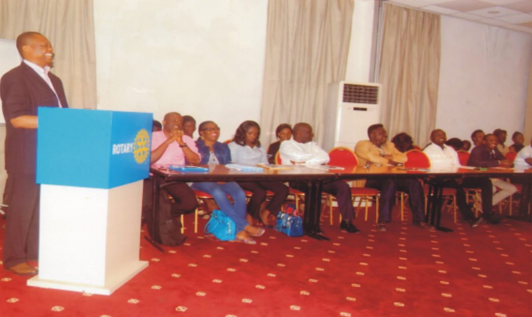 Dr Uwem Ite, addressing members of Rotary Club of Port Harcourt during the club's meeting recently.