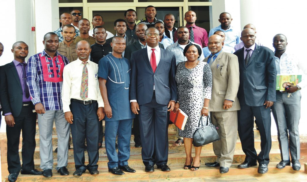 Vice Chancellor, University of Nigeria Nsukka, Prof Benjamin Ozumba (middle), with Executives of Zone B of the National Association of Nigerian Students (NANS), when they paid him a courtesy visit in Nsukka, recently. Photo: NAN