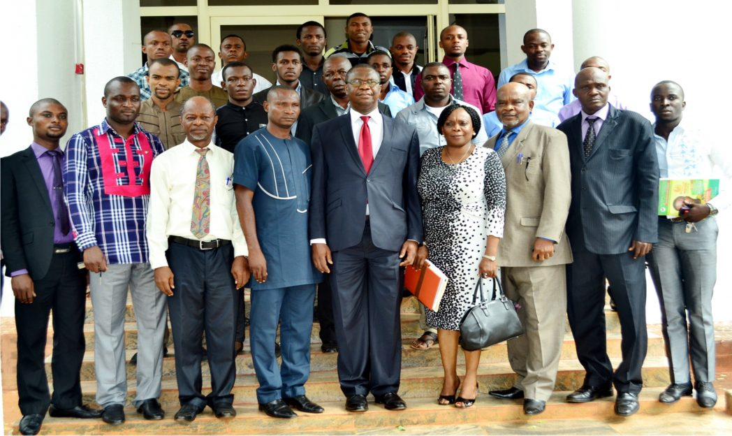 Vice-Chancellor, University of Nigeria Nsukka, Prof. Benjamin Ozumba (middle), with executives of Zone B of the National Association of Nigerian Students (NANS), when they paid him a courtesy visit in Nsukka, recently.