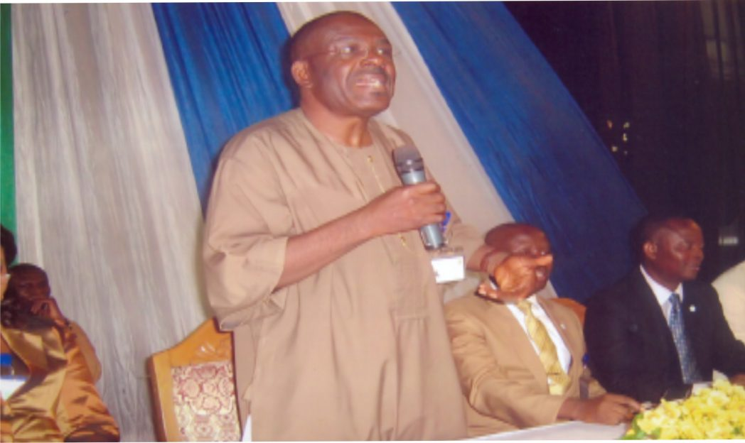 Flashback: Rivers State Head of Service, Barr Samuel LongJohn (standing), addressing Directors at a two-day Refresher Course for Substantive Directors in the State Public Service. With him are Ekwueme , Permanent Secretary,Service Welfare and Permanent Secretary Establishment Bureau, Dr. Rogers Weli.