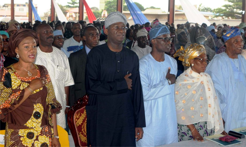 L-R: Senator Oluremi Tinubu; Governor Babatunde Fashola of Lagos State and Lagos State Commissioner for Information, Strategy, Mr Lateef Ibirogba, wife of former Lagos State Governor, Mrs Abimbola Jakande and Chairman, Premier Lotto Ltd, Chief Keshington Adebutu,  at the 2,600 days in office of  Gov. Fashola, recently