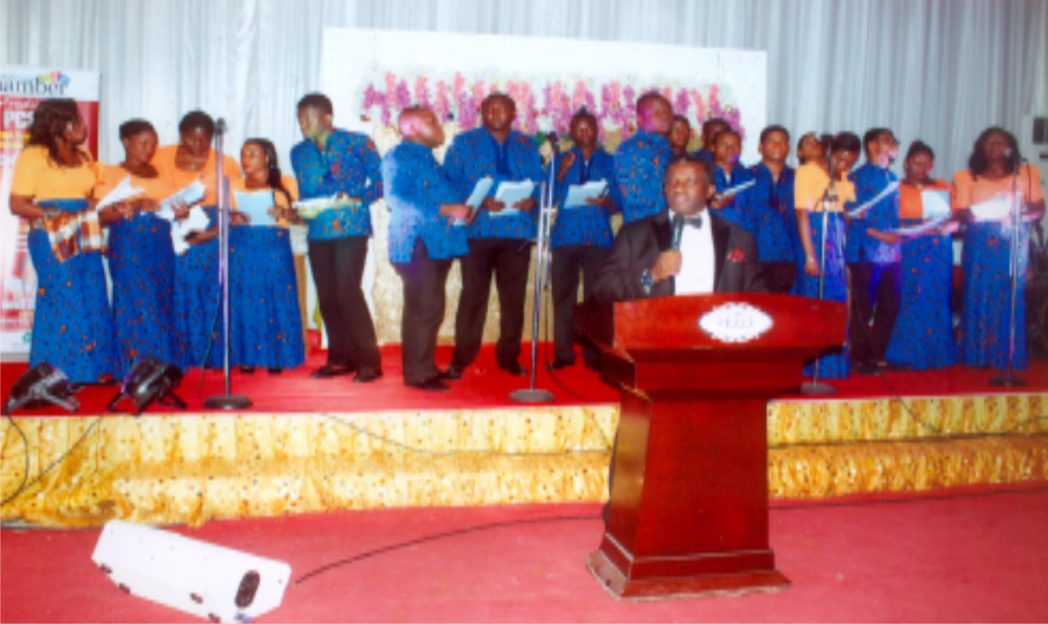 President, PHCCIMA, Engr. Emeka  Unachukwu (front) with choristers during the Christmas  Carol and end of year party at Event Place,  Port Harcourt recently.