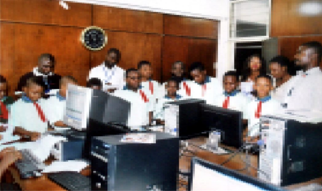 Pupils of Greenhill International School, Port Harcort at the Computer Room of the Rivers State Newspaper Corporation during an excursion, recently.