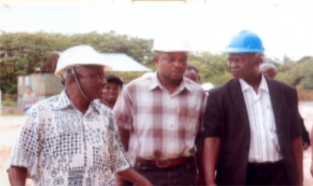L-R: Arc Godwin O. Okoronkwo, with Engineer Sado Patrick and Rivers State Chairman, Nigeria Institute of Quantity Surveyors (NIQS), Mr. Anifowose I. Abayomi, during a visit to CBN Centre of Excellence at University of Port Harcourt.        Photo: Egberi .A. Sampson