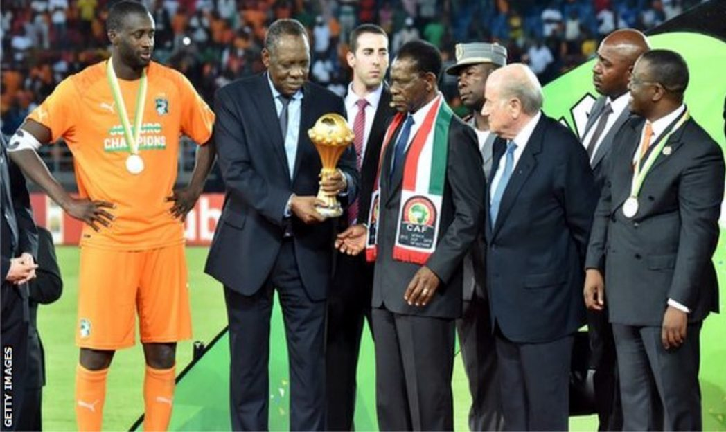 L-R: Ivory Coast skipper, Yaya Toure, CAFPresident, Issa Hayatou, Equatorial Guinea President and FIFA President during the trophy presentation ceremony of the 2015 AFCON last Sunday