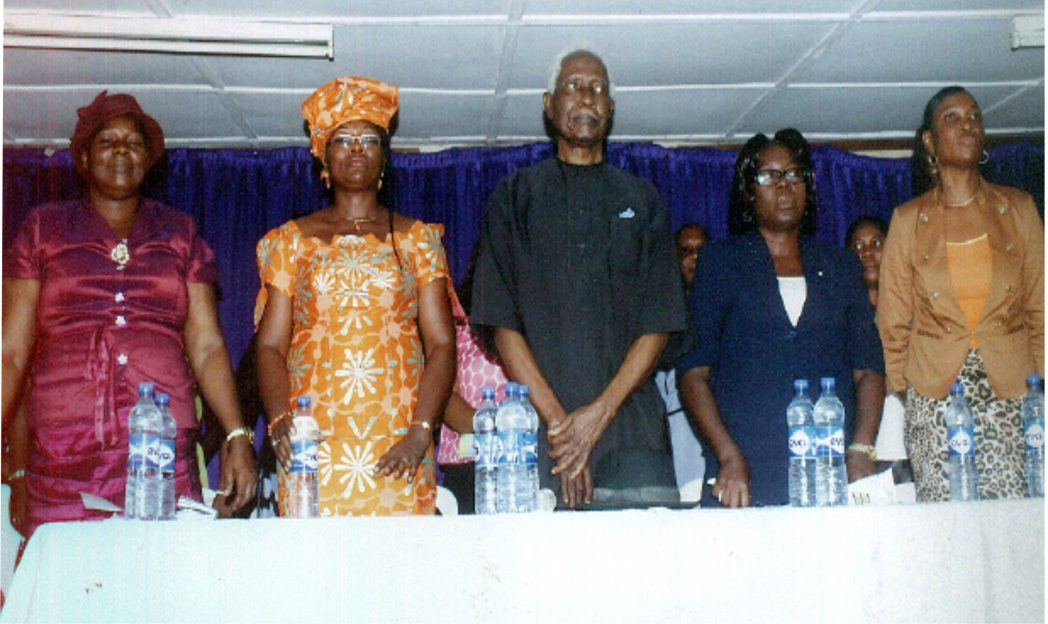 L-R: Vice Principal (Admin), Rumuokwuta Girls Secondary School, Mrs E. E. Ikeka, Mrs Priye Iyalla Amadi, Capt Elechi Amadi, Vice Principal (Academics), Ogboluijah J. N and Principal of the school, Bakel D. C., during the commissioning of Free Book Distribution Project by the Rivers State Government, recently.