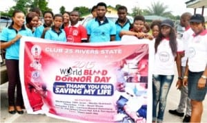 Members of Club 25 Rivers  on a road show to mark Armed Forces World Blood Donor Day in Port Harcourt last Thursday