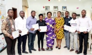 """Rivers State Deputy Governor, Dr (Mrs) Ipalibo Harry Banigo (middle), her SSA, General, Mrs Ine Gogo Fubara (4th right) and beneficiaries of Engineering Graduate Trainees Programme sponspored by the deputy governor, during their """"Thank You visit"""" to Government House, in Port Harcourt, yesterday."""
