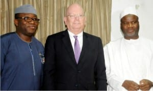 L-R: Minister of Solid Minerals Development, Dr Kayode Fayemi, American Ambassador to Nigeria, Amb. James Enwistle and the Minister of State, Mr Abubakar Bwari, during the visit of the Ambassador to the minister in Abuja, yesterday
