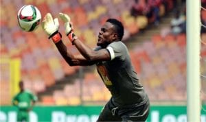Enyimba's keeper, Theophilus Afelokhai in action against Pillars on Wednesday.