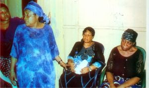 Mrs. Daba .G. Amachree, wife of late Elder Gabriel Amachree with some family members, during a condolence visit of the Rivers State Government to victims of the Rerun National and State House of Assembly elections in ASALGA.                 Photo: Egberi .A. Sampson