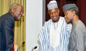 L-R: Minister of Power, Works and Housing , Babatunde Fashola; Gov. Atiku Bagudu of Kebbi State  and  Vice  President  Yemi Osinbajo, during a courtesy  visit  by  Rice  Farmers Association  of  Nigeria  to  the Vice President at Presidential Villa in Abuja last week Wednesday.