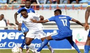 Rangers International of Enugu striker, Chisom Egbuchulam (middle), trying to meander through 3SC defenders in an NPFL match at the Nnamdi Azikiwe Stadium, Enugu at the weekend.
